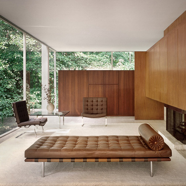 mies van der rohe barcelona daybed bauhaus bett mbel. Black Bedroom Furniture Sets. Home Design Ideas